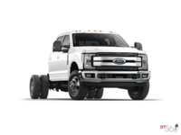 2017 Ford Chassis Cab F-350 LARIAT | Photo 3 | Oxford White