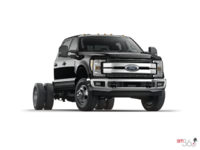 2017 Ford Chassis Cab F-350 LARIAT | Photo 3 | Shadow Black