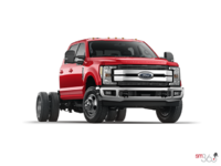 2017 Ford Chassis Cab F-350 LARIAT | Photo 3 | Race Red