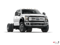 2017 Ford Chassis Cab F-450 LARIAT | Photo 3 | White Platinum