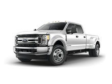 2017 Ford Super Duty F-450 XLT | Photo 2