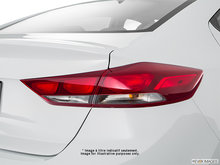 2017 Hyundai Elantra L | Photo 5