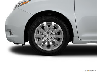 Toyota Sienna LIMITED FWD 7-PASS 2015