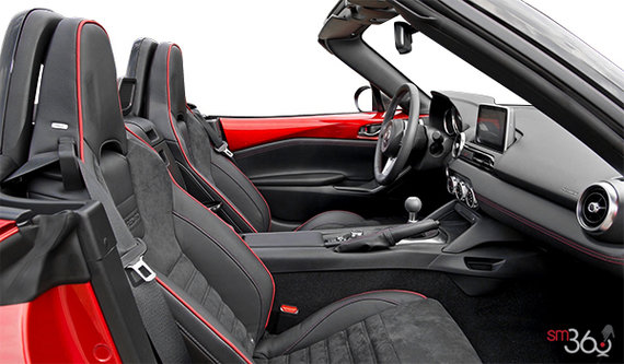 Recaro Seats with Black Nappa Leather and Alcantara-Trimmed with Red Piping