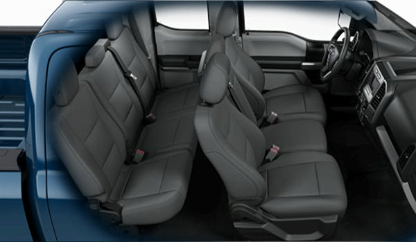 2016 Ford F-150 XL | Photo 2 | Medium Earth Grey Cloth