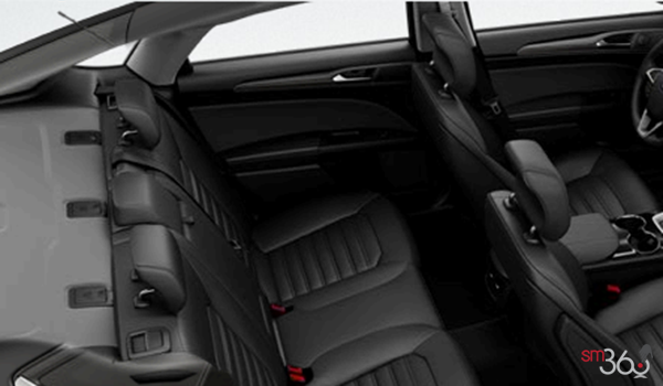 2016 Ford Fusion SE | Photo 2 | Charcoal Black Leather