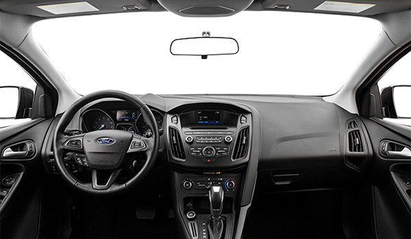 2017 Ford Focus Sedan SE | Photo 3 | Charcoal Black Premium Cloth