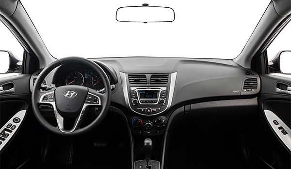 2017 Hyundai Accent 5 Doors GL | Photo 3 | Black Woven Cloth