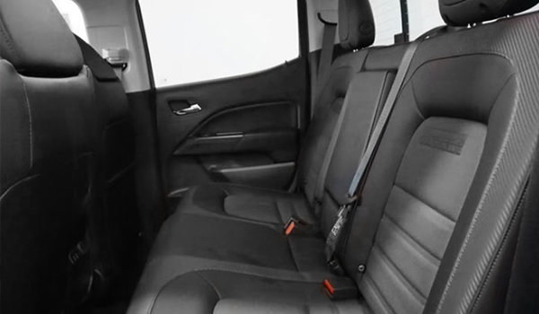 2018 GMC Canyon CANYON ALL TERRAIN W/CLOTH | Photo 1 | Jet Black/Cobalt Red w/Cloth