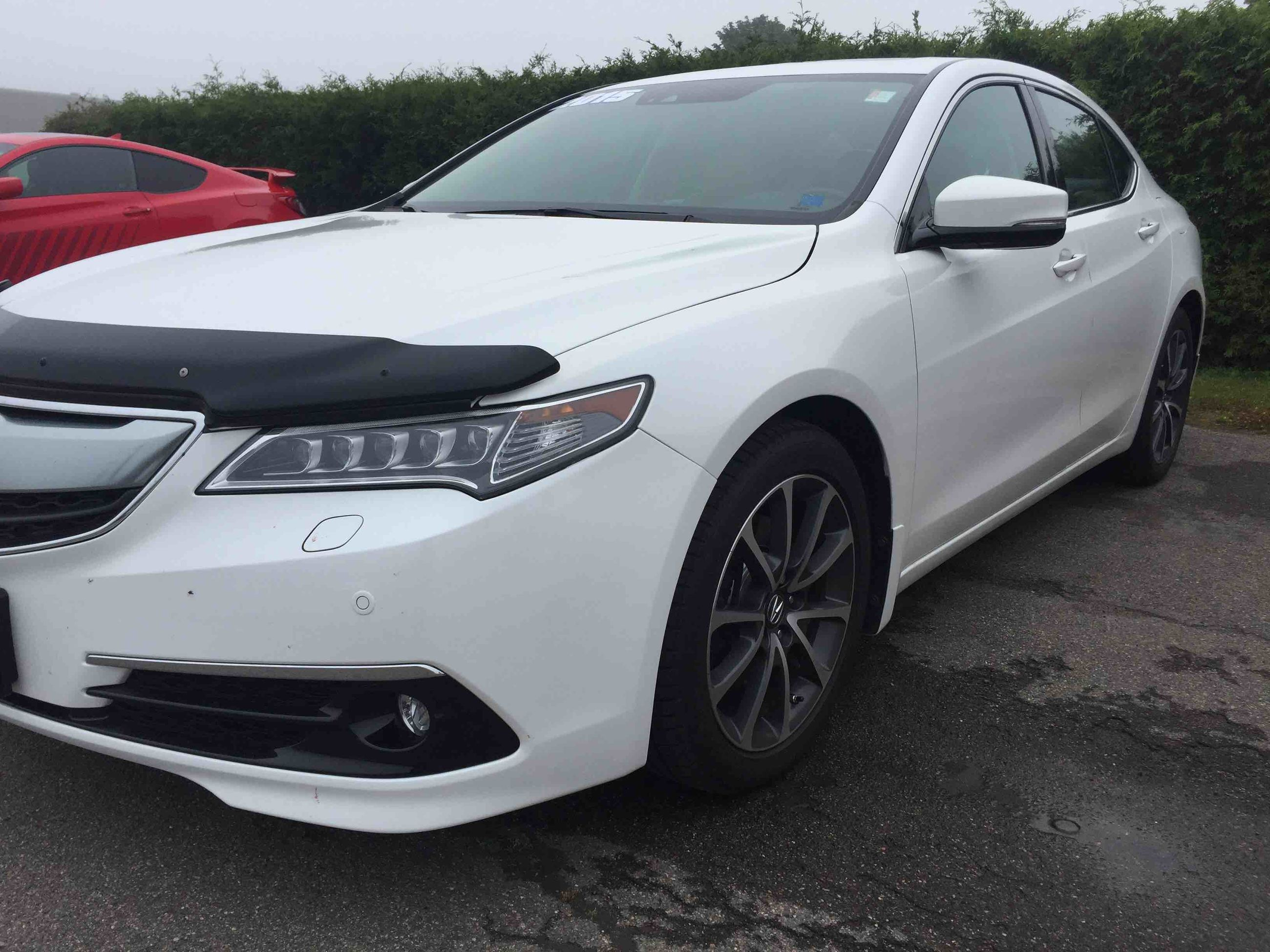 tech acura driven chase tlx
