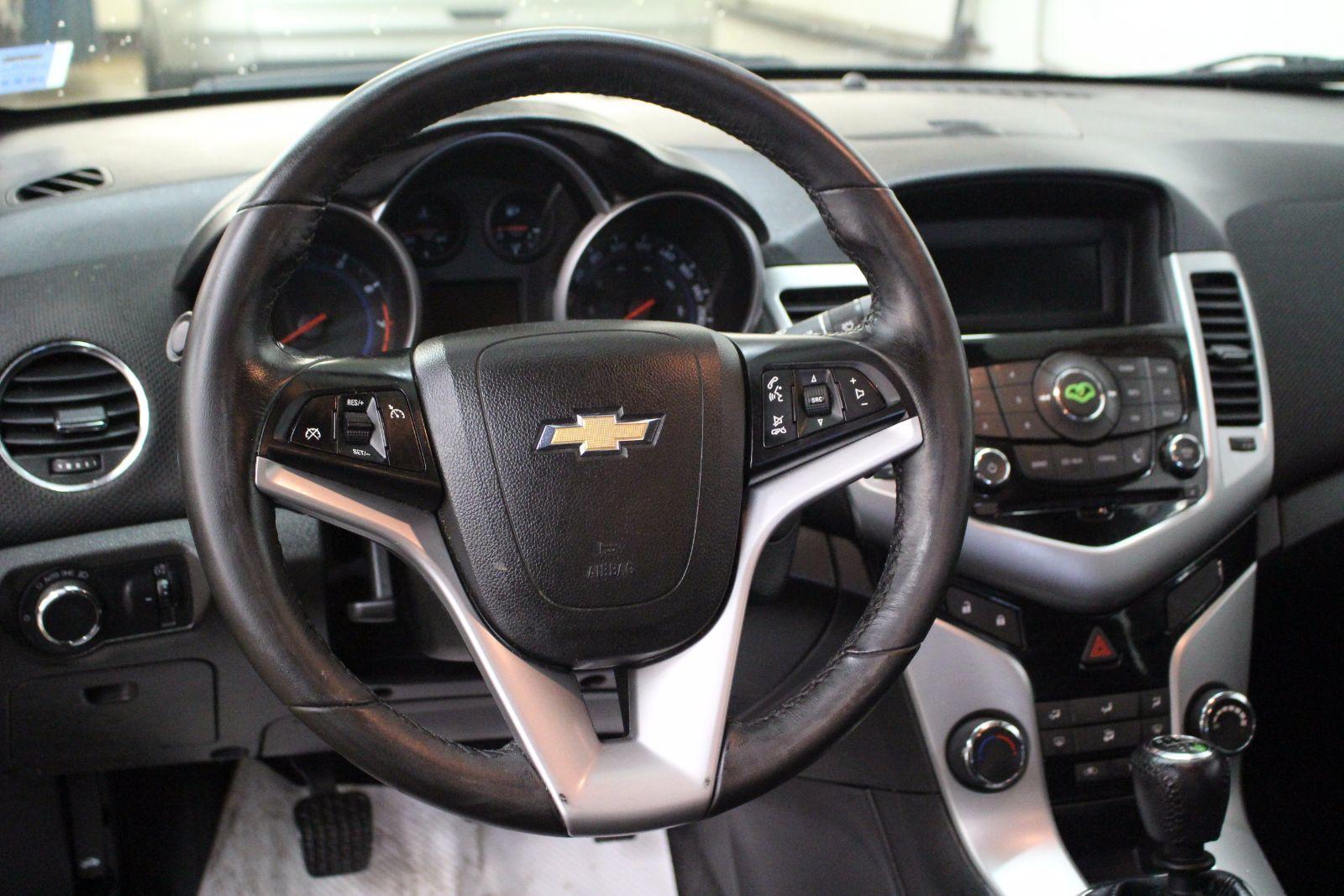 2014 chevrolet cruze eco 1 4l 4 cyl turbocharged 6 spd manual 4d sedan for sale pre owned. Black Bedroom Furniture Sets. Home Design Ideas