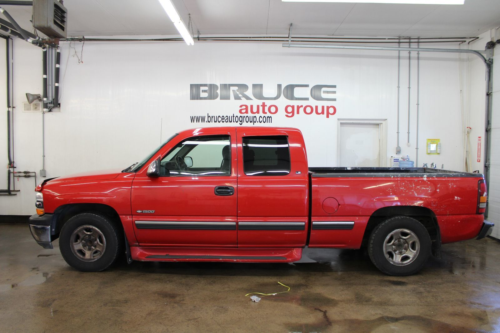 used 2000 chevrolet silverado 1500 ls 4 8l 8 cyl automatic rwd extended cab in middleton g17550c. Black Bedroom Furniture Sets. Home Design Ideas