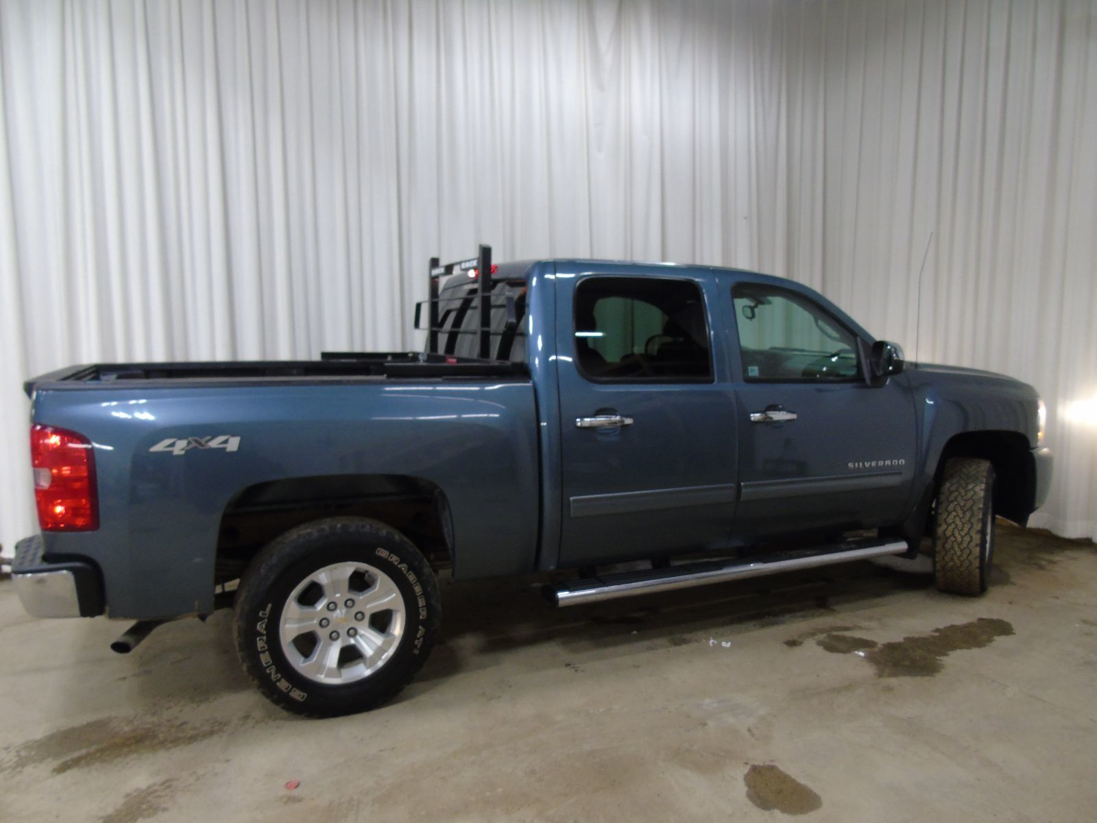 2011 chevrolet silverado 1500 ls 4 8l 8 cyl automatic 4x4 crew cab for sale pre owned bruce. Black Bedroom Furniture Sets. Home Design Ideas