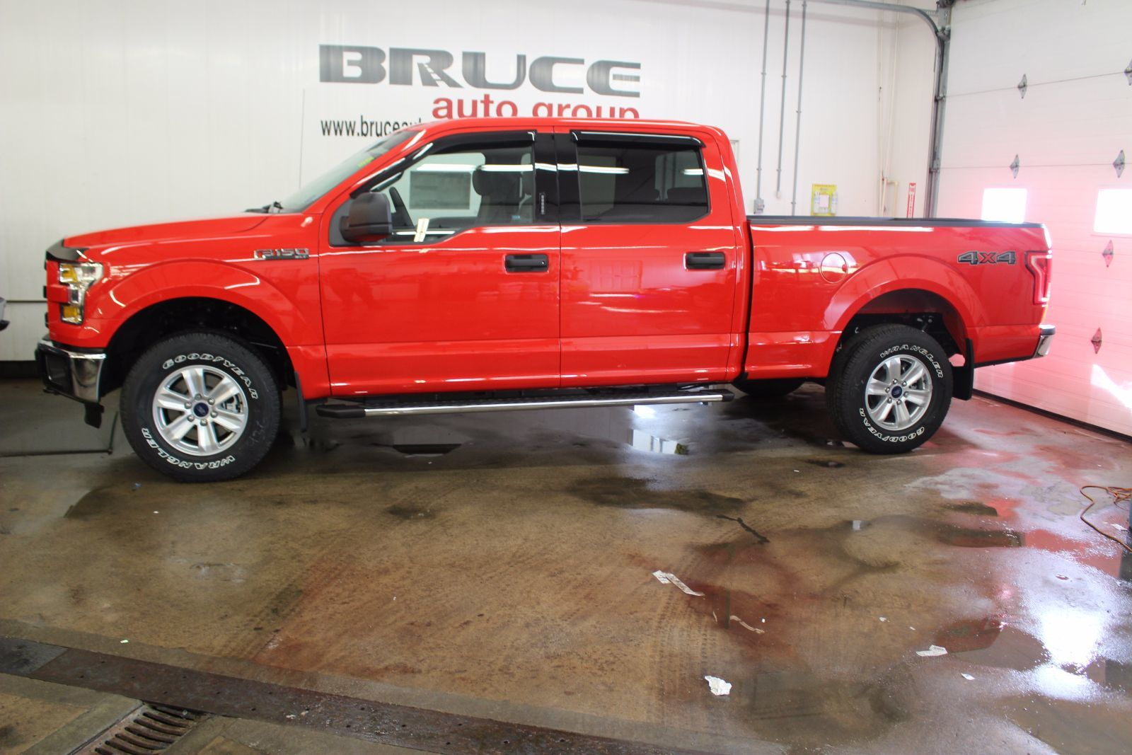 new 2016 ford f 150 xlt 5 0l 8 cyl automatic 4x4 supercrew for sale in middleton bruce ford in. Black Bedroom Furniture Sets. Home Design Ideas