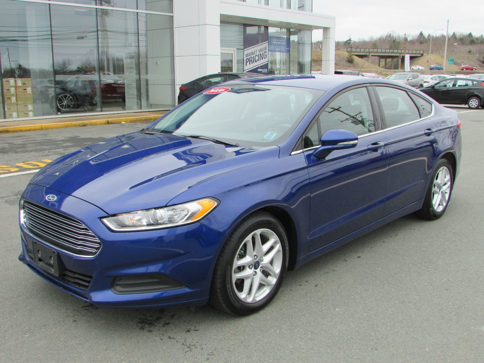 used 2016 ford fusion se 2 5l 4 cyl automatic fwd 4d sedan. Black Bedroom Furniture Sets. Home Design Ideas