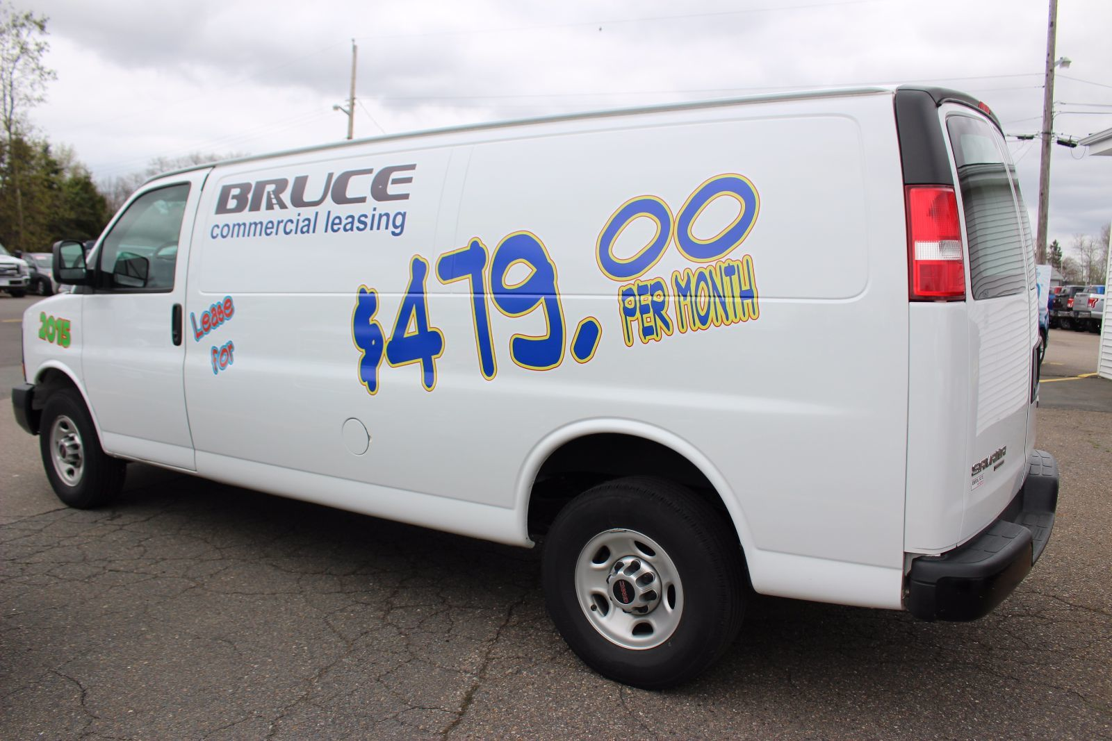 2015 gmc savana 2500 cargo van 4 8l 8 cyl vortec automatic rwd for sale pre owned bruce ford. Black Bedroom Furniture Sets. Home Design Ideas