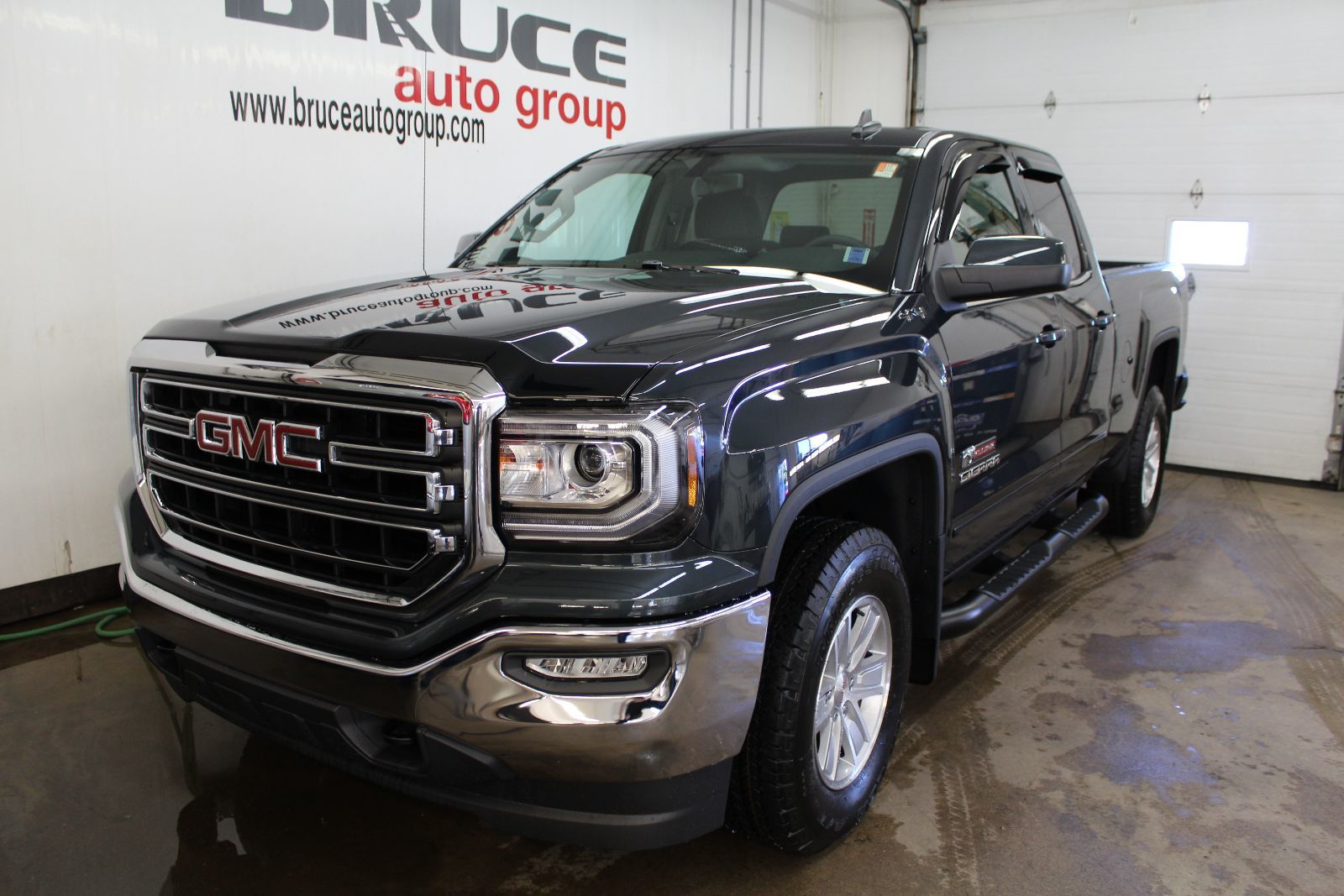 Llt also 5319936 together with Index as well 1509 Five Hard Working Features Of The 2017 Ford F Series Super Duty also 371835464657. on gmc terrain accessories