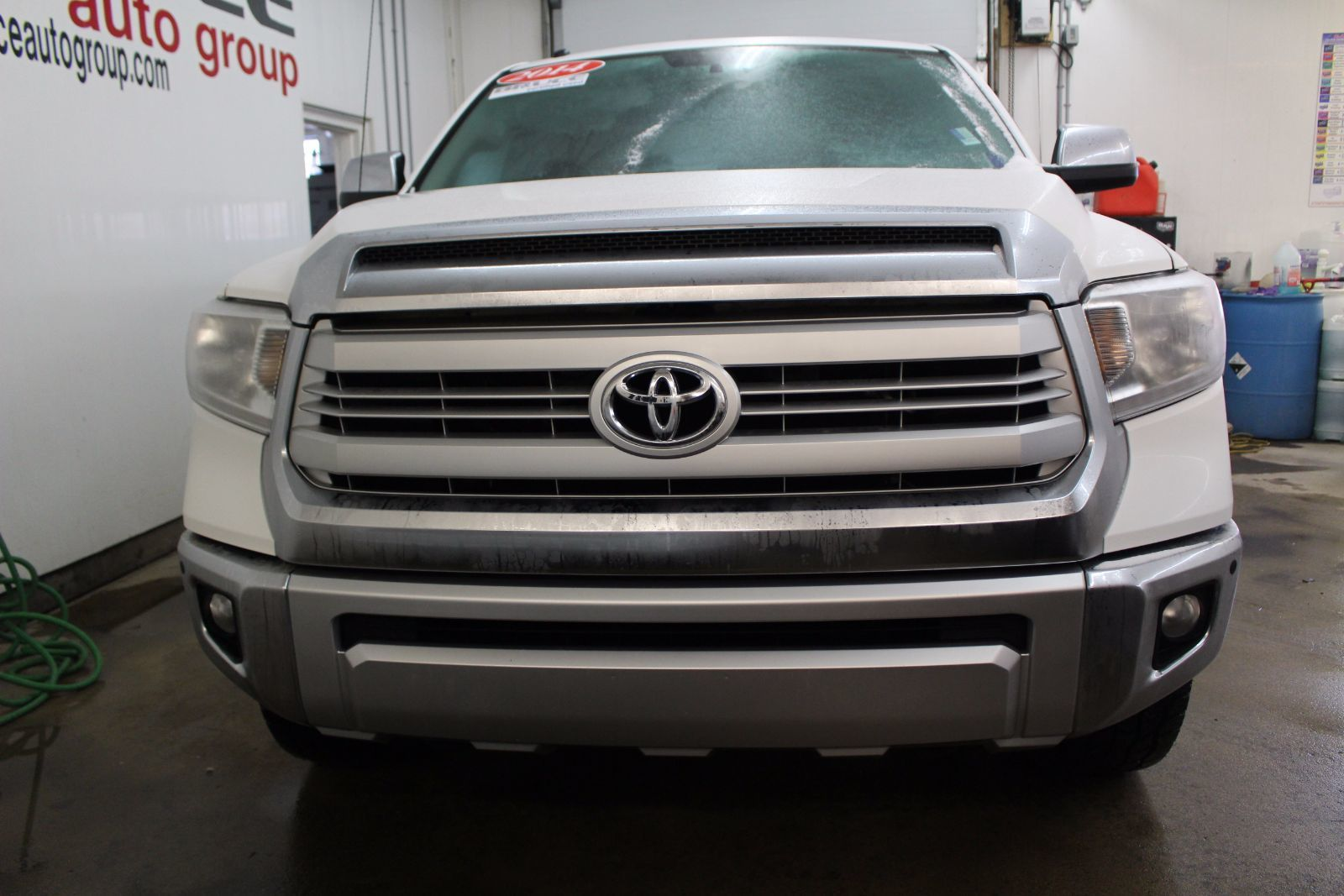 used 2014 toyota tundra limited 1794 edition 5 7l 8 cyl 4x4 crewmax in middleton yn17101a. Black Bedroom Furniture Sets. Home Design Ideas