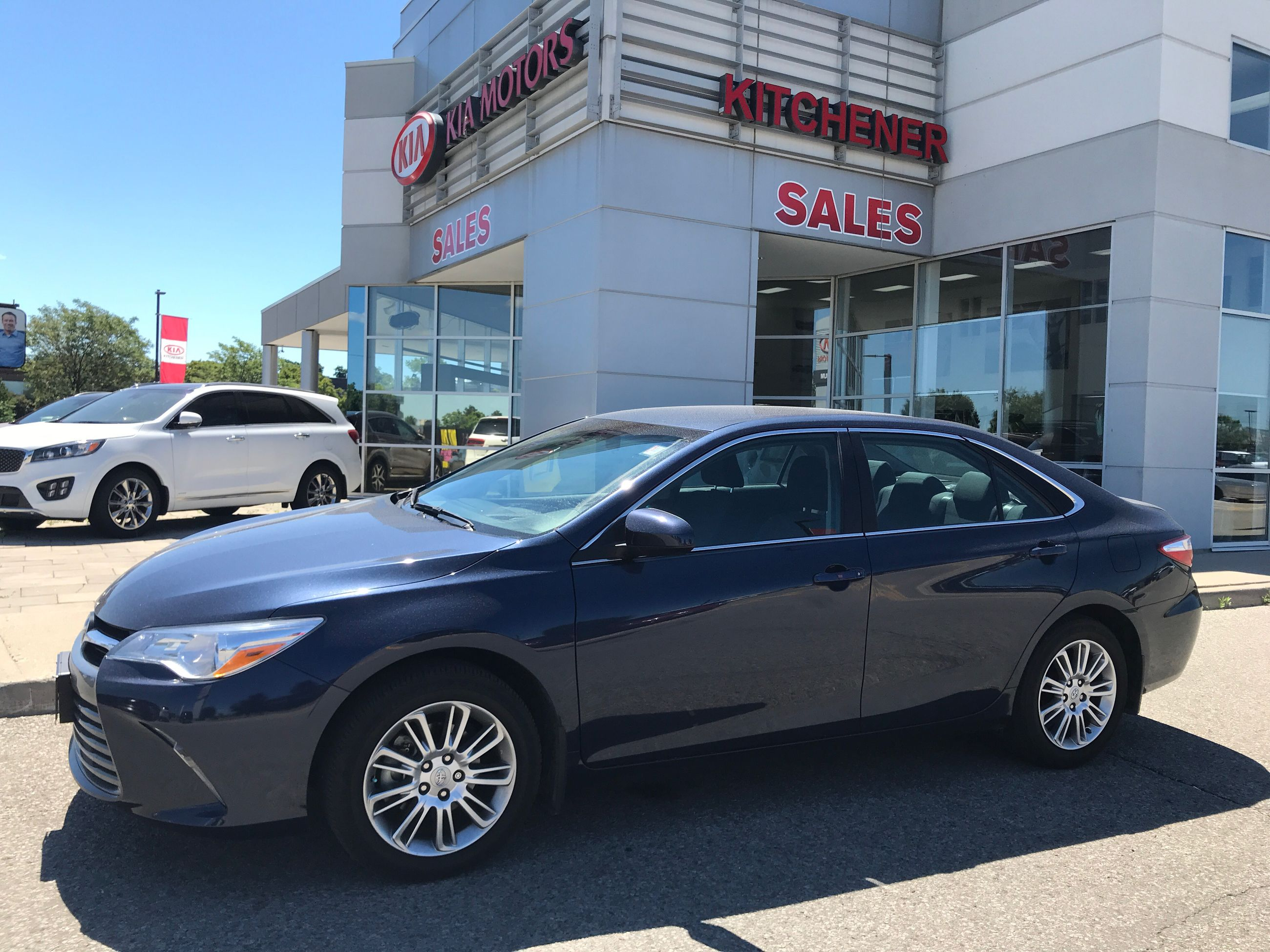 Used 2015 Toyota Camry 4-Door Sedan LE 6A for Sale - $17900.0 ...