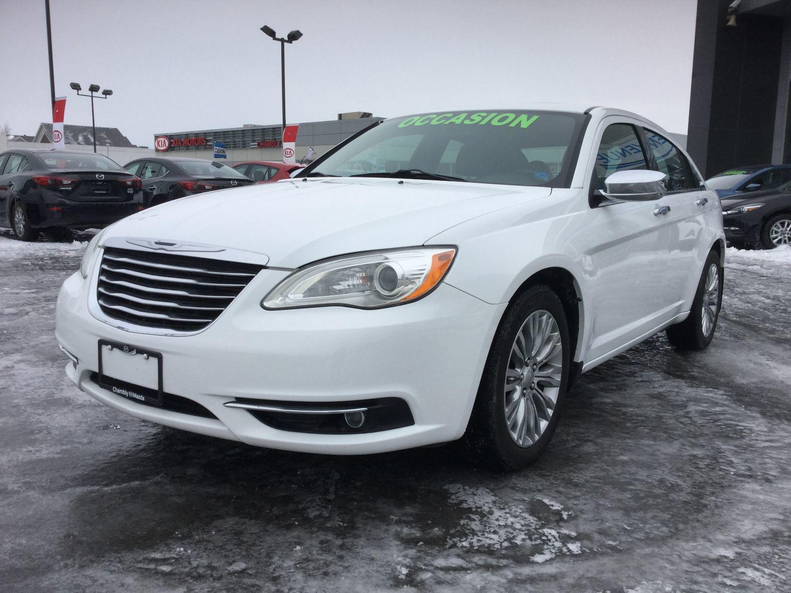 Chrysler 200 LIMITED,CUIR,MAG,BLUETOOTH,A/C 2013 JAMAIS ACCIDENTÉ, NOUVELLE ARRIVAGE