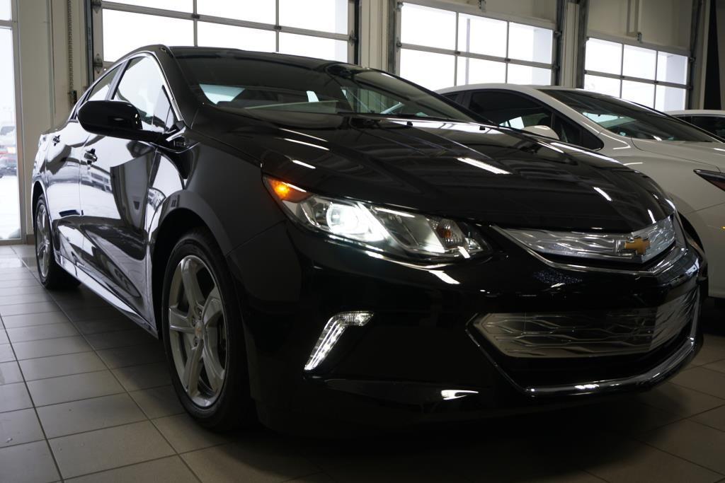 Chevy Cruze Custom >> New 2018 Chevrolet Volt LT GB8 - Mosaic Black Metallic - $39885.0   440 Chevrolet Laval #18526