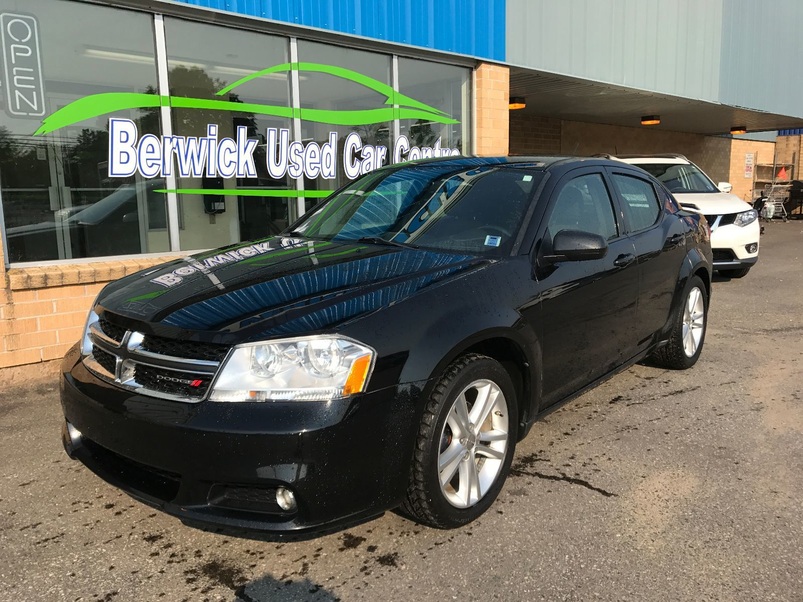 902 auto sales used 2013 dodge avenger for sale in dartmouth km1067a. Black Bedroom Furniture Sets. Home Design Ideas