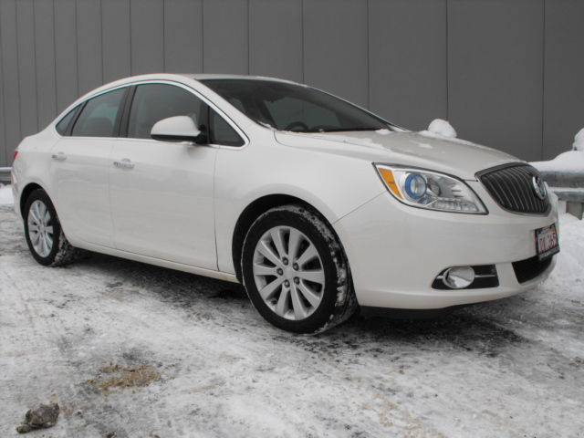 used 2013 buick verano base low kms one owner immaculate condition inside and out for n a. Black Bedroom Furniture Sets. Home Design Ideas