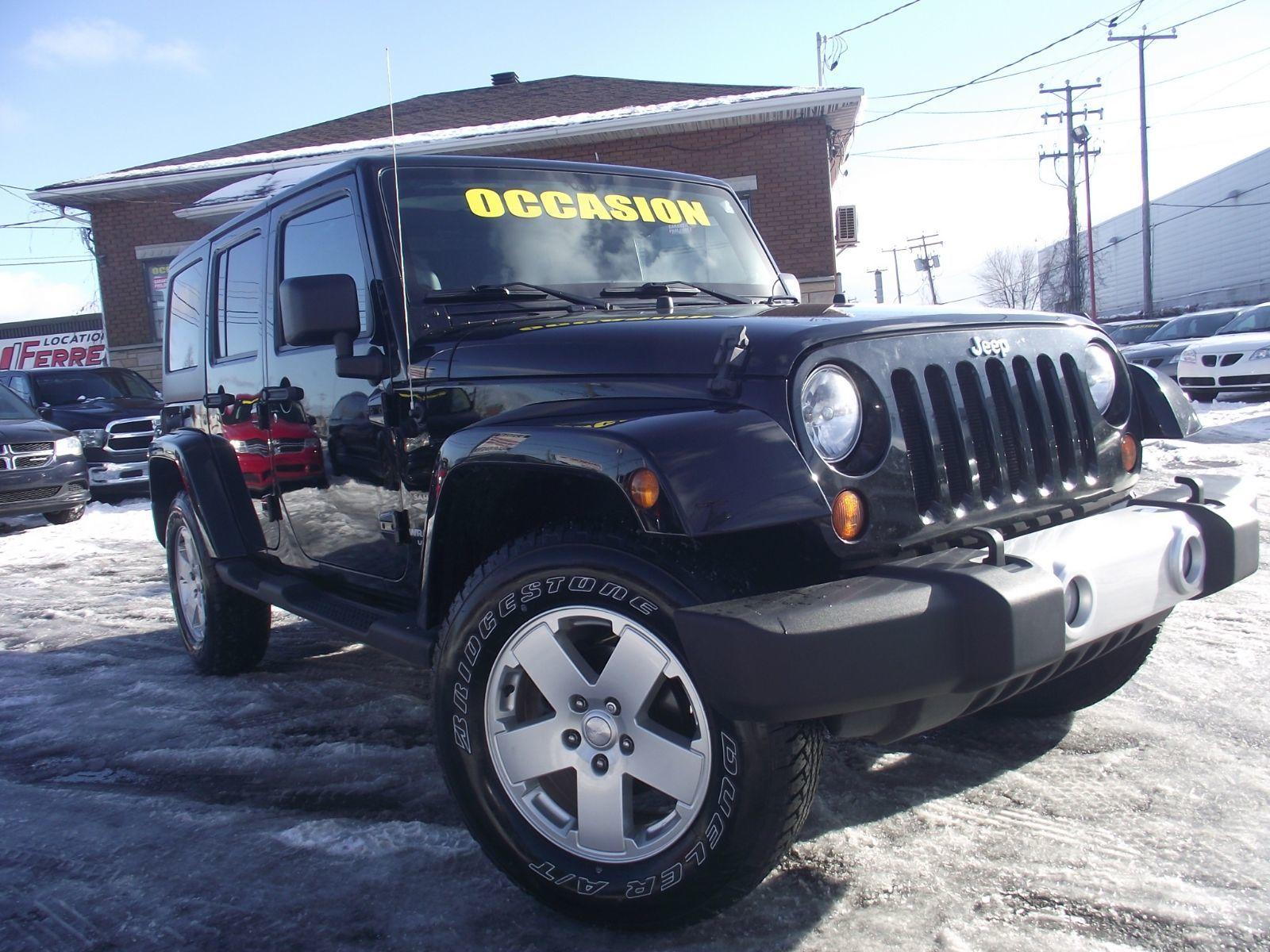 jeep wrangler unlimited 2011 sahara et 120000 km. Black Bedroom Furniture Sets. Home Design Ideas