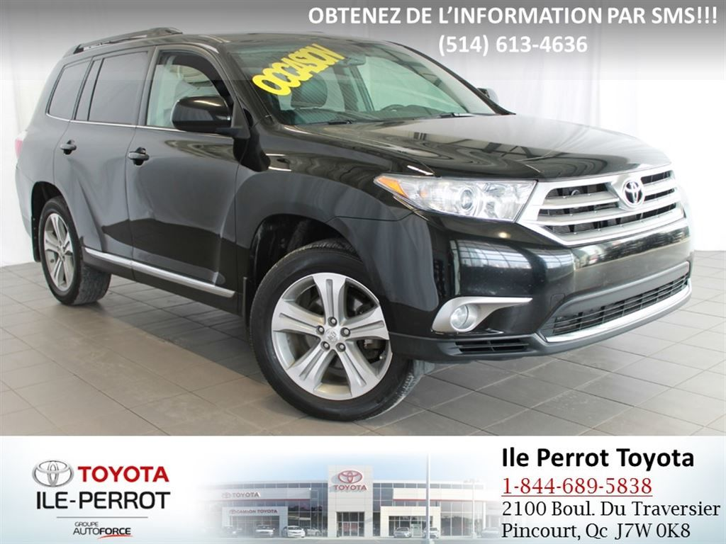 used 2013 toyota highlander for sale in pincourt ile perrot p2214. Black Bedroom Furniture Sets. Home Design Ideas