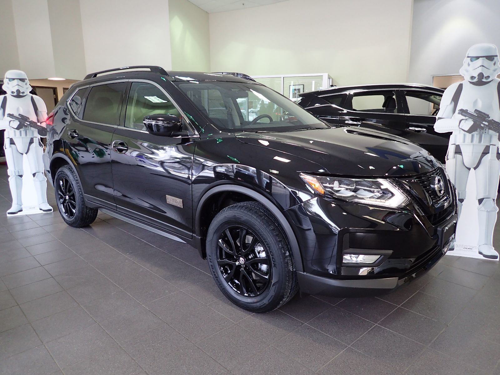 morrey autogroup used 2017 nissan rogue sv awd rogue one star wars limited edition 1 2 for. Black Bedroom Furniture Sets. Home Design Ideas