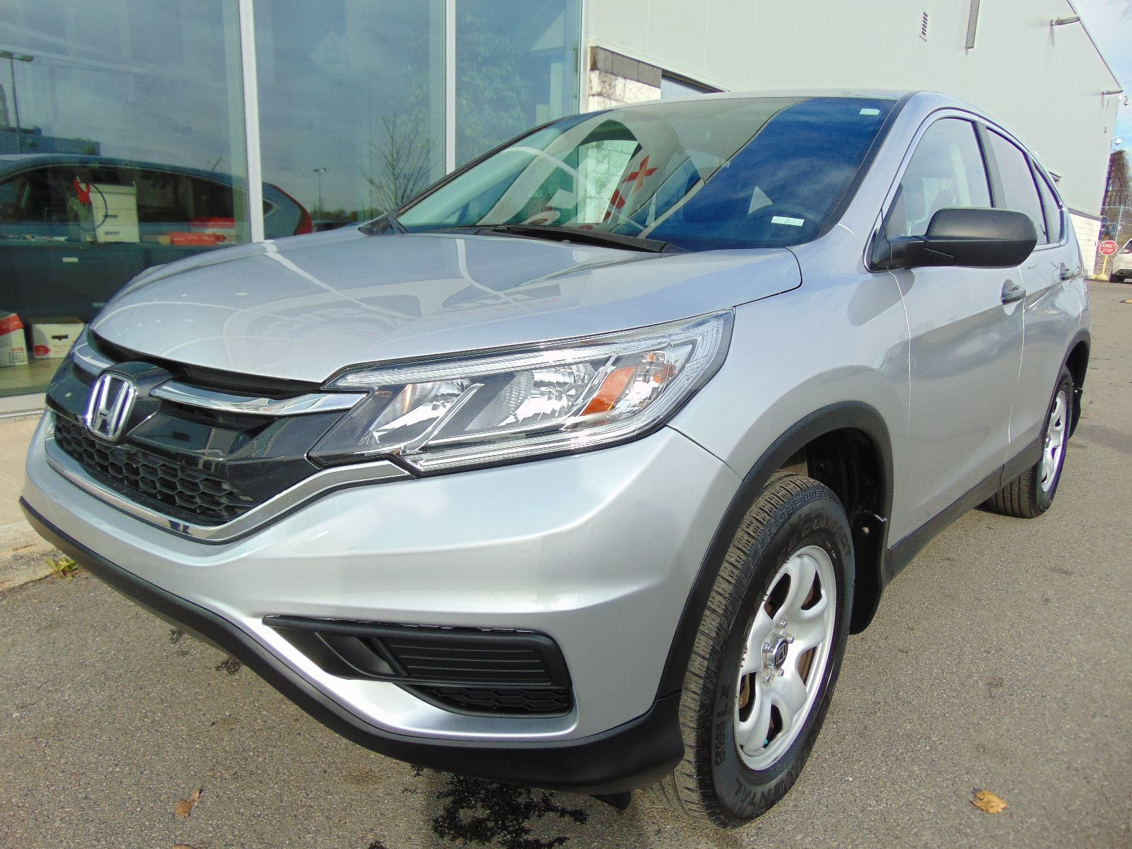 used 2015 honda cr v lx deal pending awd in montreal laval and south shore 96752. Black Bedroom Furniture Sets. Home Design Ideas