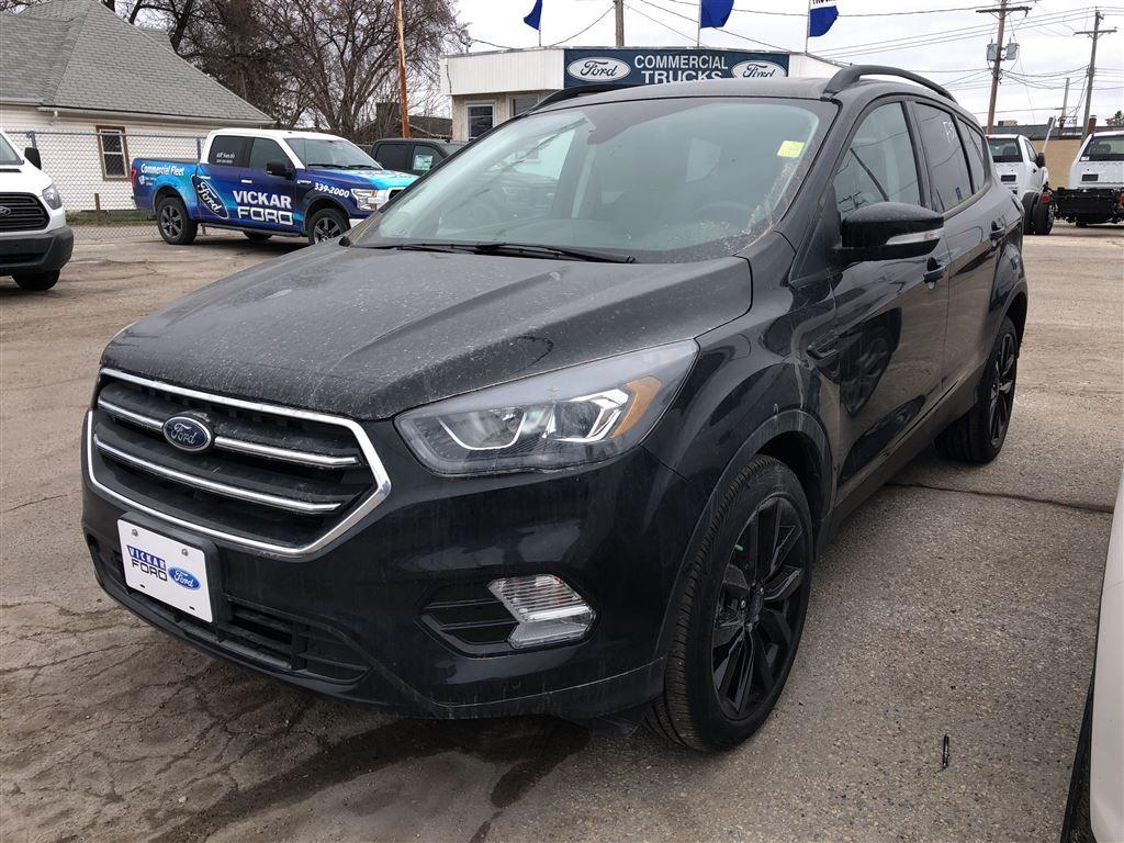 New 2018 ford escape titanium shadow black for sale 37481 0 18t2437 vickar ford winnipeg