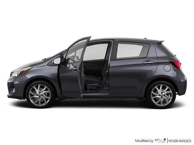 Toyota yaris se 5 portes 2015 vendre pincourt et le for Interieur yaris 2015