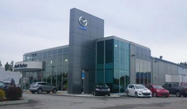 Votre concessionnaire L'Ami Junior Mazda est fier de vous présenter la collection complète des véhicules Mazda neufs. L'Ami Junior Mazda vous offre également une vaste sélection de véhicules d'occasion pour tous les budgets au meilleur prix.