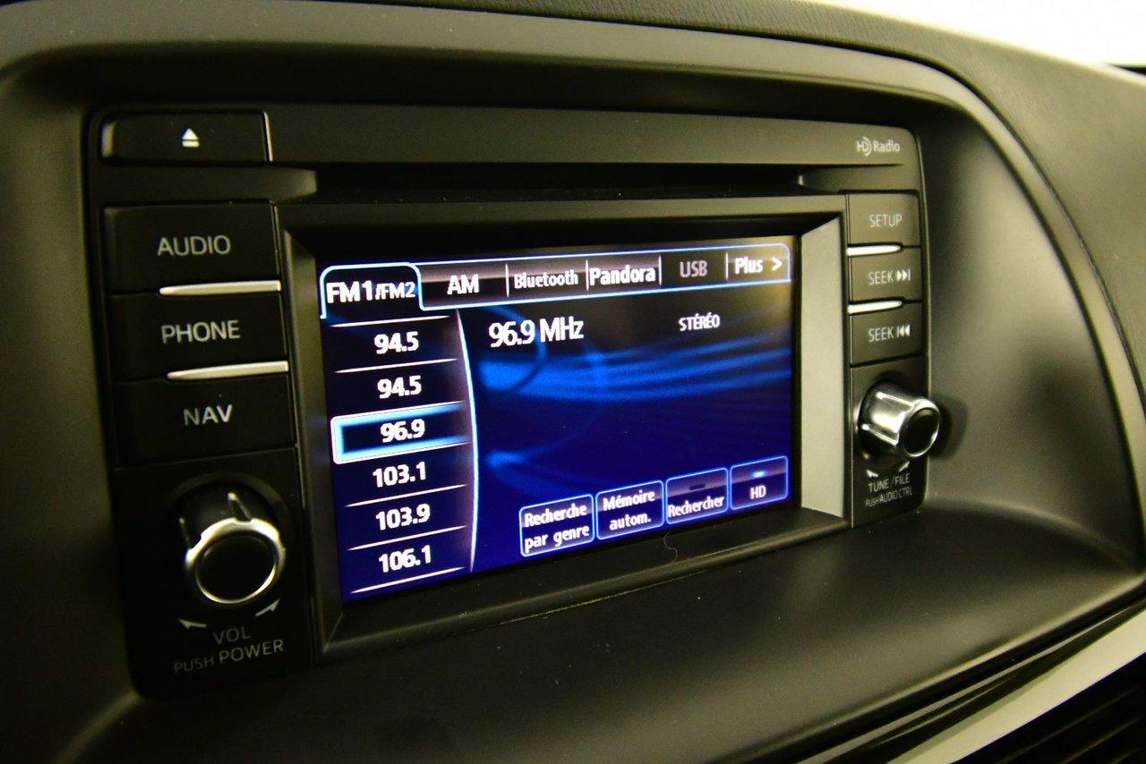 Photo Mazda CX-5 GS. Sunroof. Back-up Cam 2015 Toit ouvrant et caméra de recul