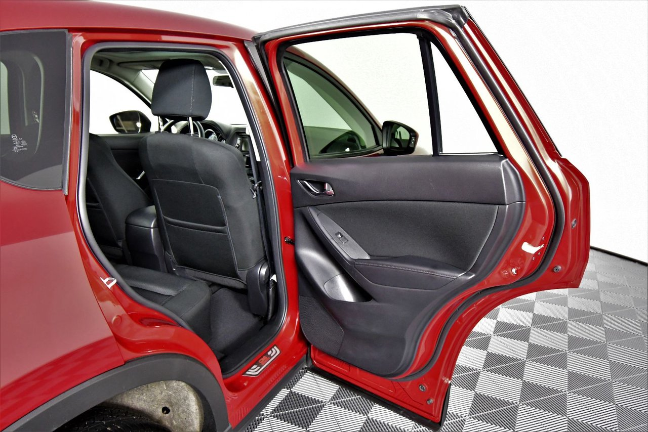Photo 2015 Mazda CX-5 GS AWD. 0.9% Financing. Sunroof. Sunroof