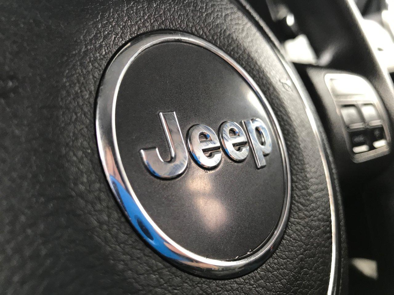 Photo 2012 Jeep Wrangler MANUAL! 4X4! SPORT! $89/WK TAX IN!!! MANUAL! 4X4! SPORT! $89/WK TAX IN!!!