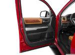 2017 Toyota Tundra 4x4 crewmax platinum 5.7L in Laval, Quebec-1
