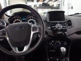 Ford Fiesta 2015 Titanium, toit ouvrant, navigation, caméra recul