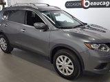 Nissan Rogue 2015 S AWD, caméra, sièges chauffants, barres de toit