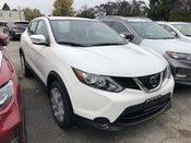 2018 Nissan Qashqai S AWD (2) * Huge Demo Savings!