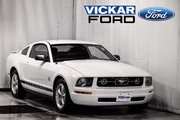 2009 Ford Mustang 2Dr Coupe Low Km Premium *Coupe* With Leather V6