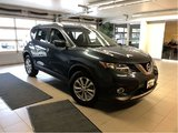 2016 Nissan Rogue SV TECH AWD - CLEARANCE SPECIAL