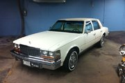 Cadillac Seville IMPECABLE - FUEL INJECTION 1977