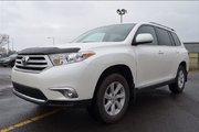 Toyota Highlander AWD / / AIR / CRUISE / BLUETOOTH / GR ELECT 2013