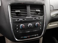 2013 Dodge Grand Caravan SE // USB