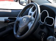 2009 Toyota Matrix LE 2 SET PNEU SUR JANTES