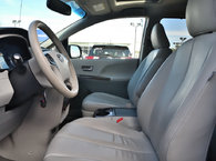 2013 Toyota Sienna XLE