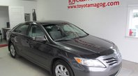 2010 Toyota Camry LE (65$/SEM) TOIT,MAG