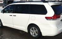 2013 Toyota Sienna BASE 3rd Row Seat,Pass-Through Rear Seats